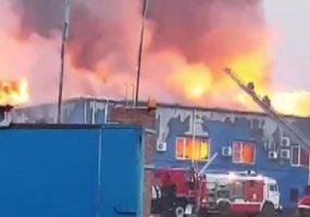 В Краснодаре потушили крупный пожар на улице Дзержинского