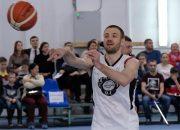 В Краснодаре Дмитрий Пирог и Ирина Караваева сыграют с детьми в баскетбол