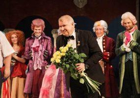 Актер Краснодарского театра драмы Сухоручко стал Заслуженным артистом Кубани