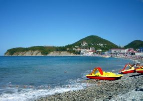 В Анапе спасатели запретили выходить в море на катамаранах и надувных матрасах