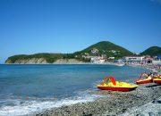 В Анапе спасатели запретили выходить в море на катамаранах из-за отжимного ветра