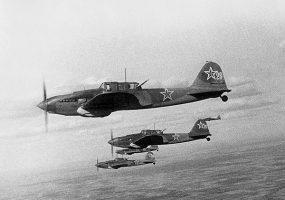 Поисковики ищут родственников погибшего на Кубани советского летчика