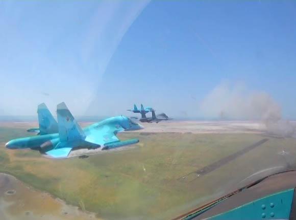 Более 100 боевых самолетов приняли участие в учениях Южного военного округа