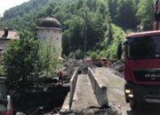 В Сочи после схода селя вывезли около 7 тыс. куб. метров грязи и камней