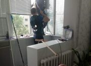 В Новороссийске спасли запутавшегося в веревках стрижа