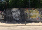 В Краснодаре появилось граффити с Децлом