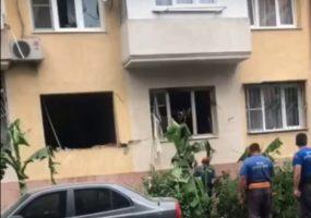 В Сочи в пятиэтажке произошел хлопок бытового газа, эвакуировали 30 человек