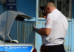 В Краснодаре за день под колеса машин попали два человека на самокатах