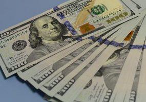 Опрос: на что россияне готовы потратить выигранный в лотерею миллион долларов
