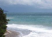 В Анапе спасатели запретили купаться в море в грозу