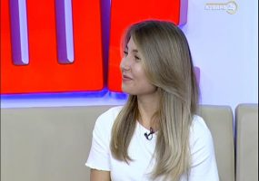 Лингвист Елена Молчанова: нужно окружать себя «живым языком»