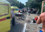 В Сочи скончался пострадавший в ДТП на остановке мальчик