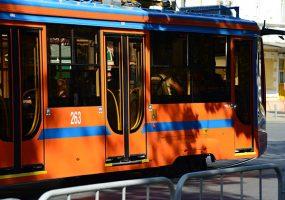 В Краснодаре встали трамваи из-за ДТП с такси