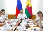 Кондратьев поручил возложить контроль за дорожными работами на муниципалитеты