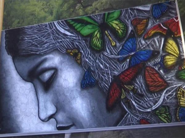 Житель станицы Каневской пять лет создавал картину из спичек