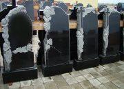 В Усть-Лабинском районе мужчина похитил с кладбища надгробную стелу и гробницу