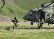 Команда ЮВО десантировалась у Эльбруса