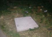 В Краснодаре закрыли плитой люк, в который ранее упала девочка