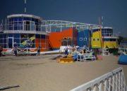 В Анапе демонтируют яхт-клуб, который стал рынком