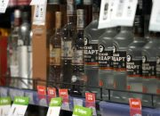 В России призвали запретить продажу алкоголя рядом с жилыми районами