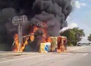 На Кубани на трассе сгорел грузовик
