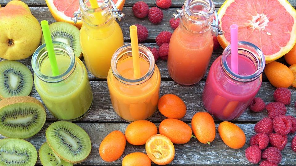 Натуральные свежевыжатые соки на 22% повышают риск развития рака груди