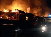 В Лабинске произошел пожар на площади 750 кв. метров