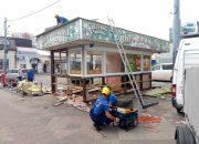 В Краснодаре возле Кооперативного рынка разобрали ларек «Вкус востока»