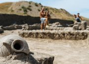 Сосуд со слезами и валюта царя Рескупорида: последние находки Фанагории