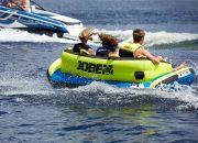 В Сочи подросток сломал ногу во время катания на водном аттракционе