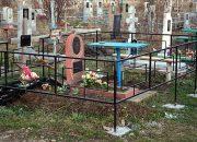 В Северском районе мужчина украл с кладбища чугунный бюст