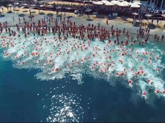В Геленджике школьник проплыл морскую милю меньше, чем за полчаса