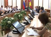 В администрации края обсудили ситуацию с долгами коммунальщиков