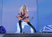 Из-за сбоя на «Новой волне» задержали выступление Риты Ора. Видео