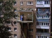 Лифт-подъезд: россиянин показал шокирующий способ попасть домой