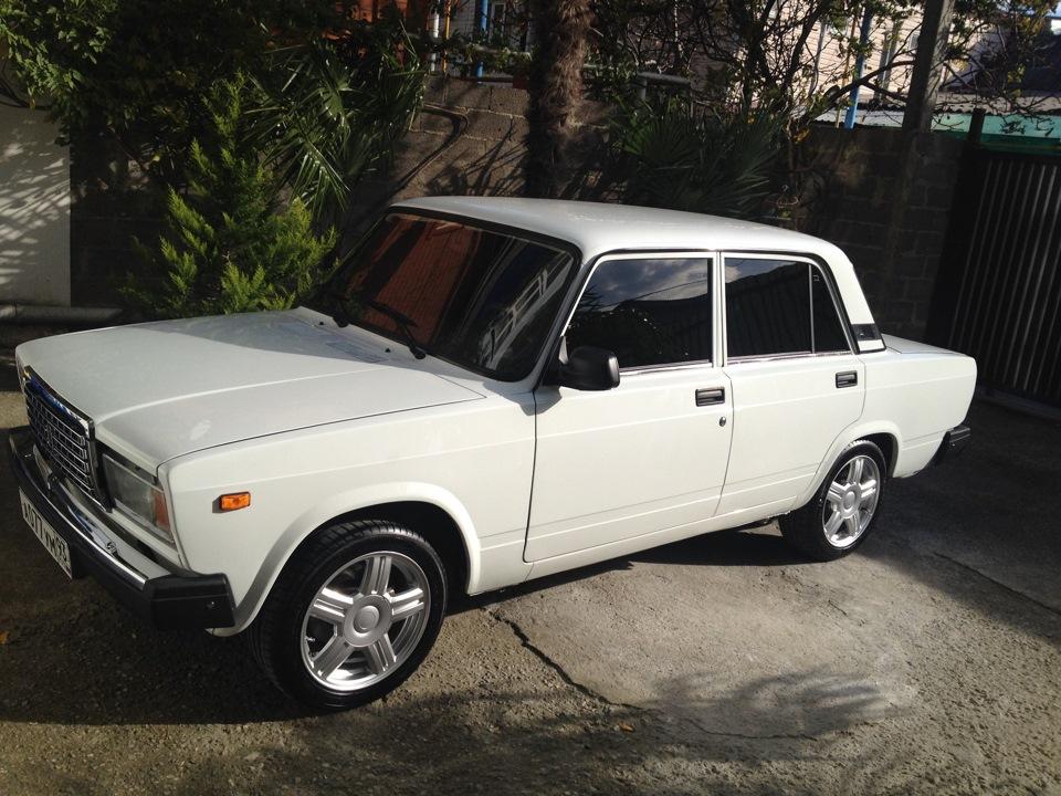 Великолепная семерка: какой автомобиль можно купить на Кубани за три зарплаты?