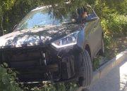 Под Новороссийском спасатели вытащили машину приезжей из кювета