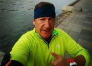 Сочинец переплыл 15-километровое высокогорное озеро в Тыве