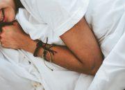 Сомнолог рассказал, что нельзя делать при внезапном пробуждении ночью