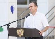 Алексеенко, Галась и Долуда поздравили школьников с началом учебного года
