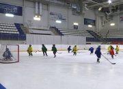В Краснодаре юные хоккеисты отправились в первый класс с казачьим уклоном