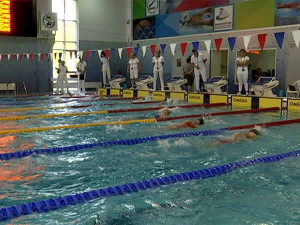 Как спортсмены выступили на чемпионате края по плаванию