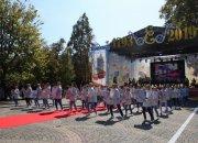 В Краснодаре на Казачьей площади дали старт Дню города