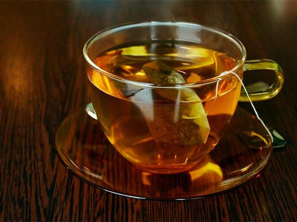 Утренний чай на пустой желудок вредит здоровью