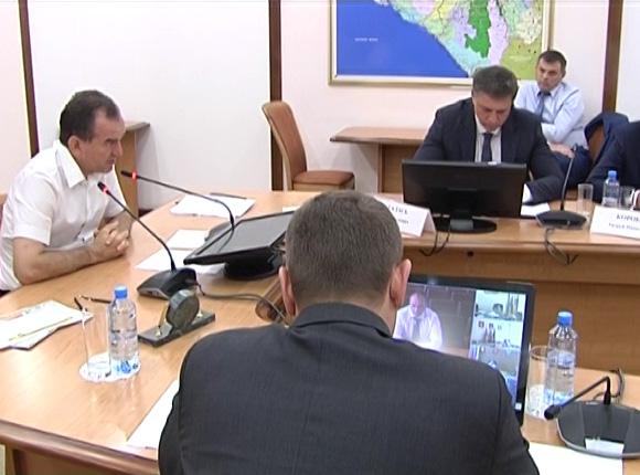 Вениамин Кондратьев: точечная застройка Краснодара привела к дефициту новых школ