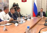 На приеме у губернатора кубанцев интересовал газопровод и спортплощадки