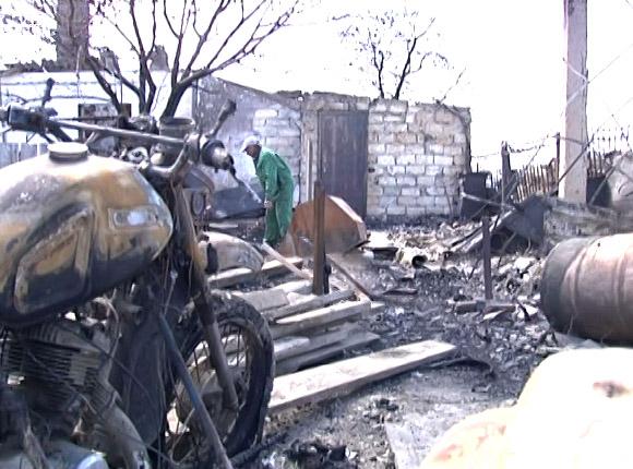 В Темрюкском районе из-за природного пожара сгорело шесть жилых домов