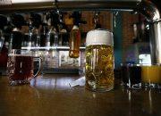 В России могут запретить продавать алкоголь в небольших барах в жилых домах