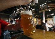 Роспотребнадзор поддержал идею запретить продавать алкоголь в жилых домах