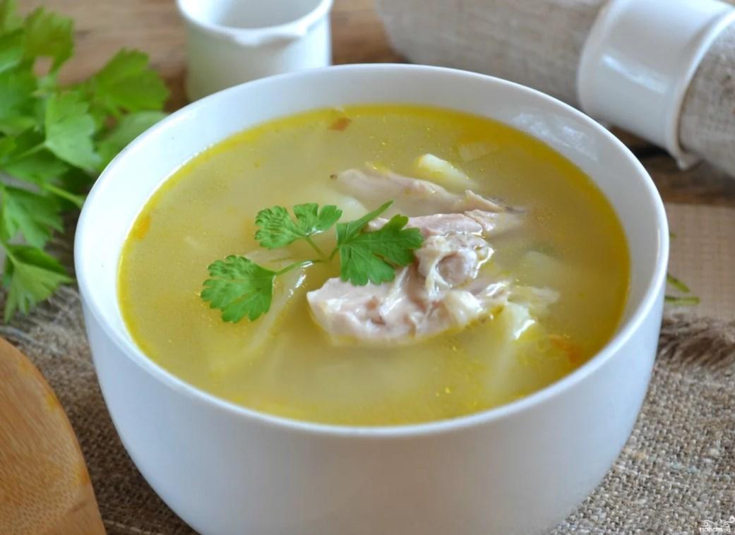 Куриный суп и пряности помогут справиться с простудой и гриппом